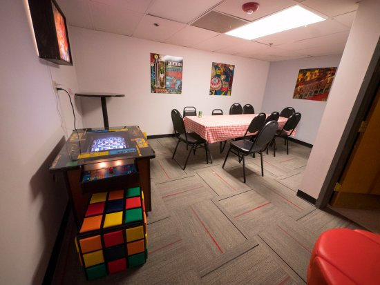 Louisville, CO: Party Room is available for parties and happy hours