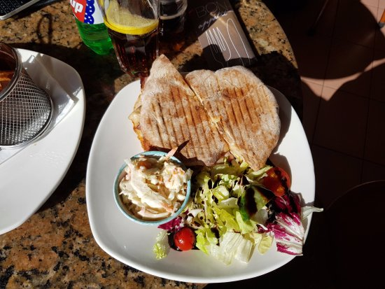 Msida, Malta: Breakfast Ftira