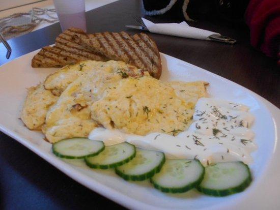 Omelett med rostat bröd !