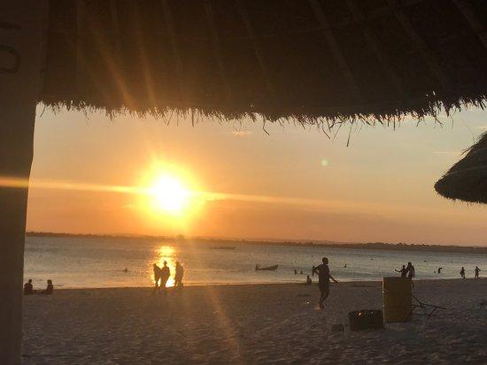 O Barqueiro Beach Bar: photo1.jpg