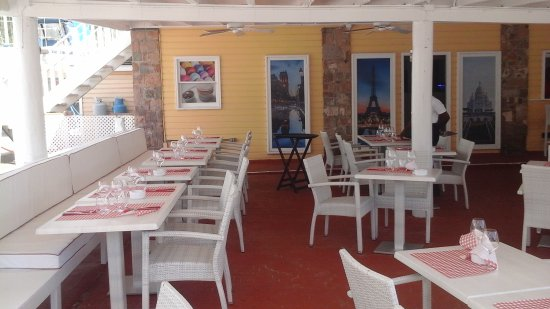 Nice new French restaurant in Slipway, English Harbour, Antigua & Barbuda. Come and ask Isabelle