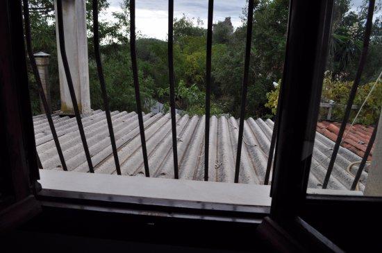 cucina con vista su tettoia in eternit - Foto di Apartments ...