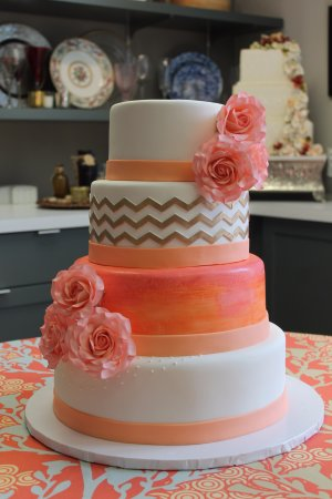 Tenafly, NJ: Wedding cake