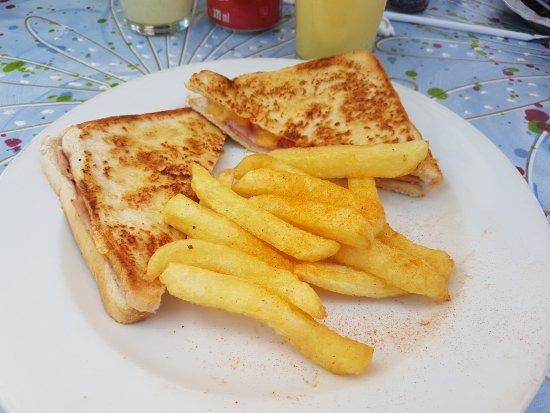 Randburg, Güney Afrika: Man kann zwischen Weissbrot und dunklem Brot entscheiden was super ist.