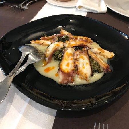 Restaurante litmar en sarria con cocina otras cocinas for Cocinas europeas