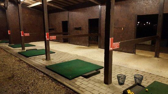 Bussy St Georges, France: Le practice un soir de grand froid !