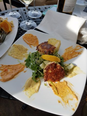 Charlottesville, VA: The crab cakes, fabulous!