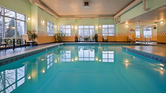 Best western plus chemainus inn updated 2018 hotel reviews price comparison canada for Indoor swimming pools vancouver