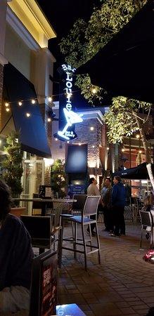 Tustin, Californien: Beautiful Bar Louie