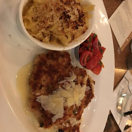 Reston, VA: Dana's Chicken and Mac&Cheese