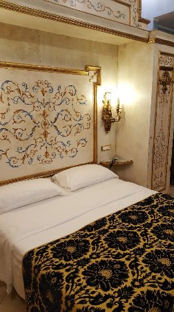 Hotel Romanico Palace : 20171208_203428_large.jpg