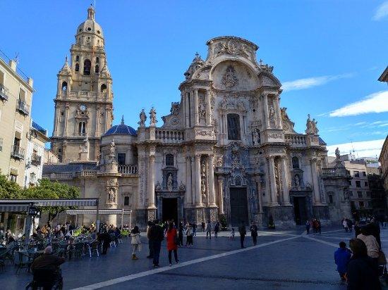 Catedral de Santa María: IMG_20171208_123319_938_large.jpg