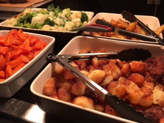 Chorleywood, UK: Carvery roast dinner