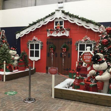 Congresbury, UK: Santa's grotto at Cadbury!