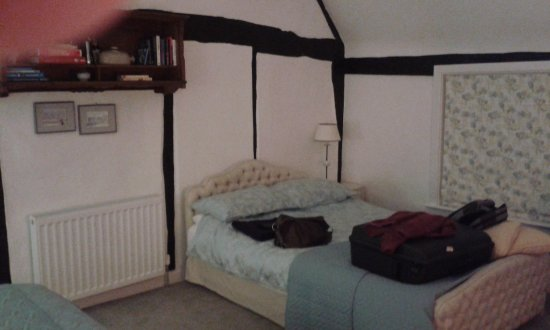 Thame, UK: Second bed!