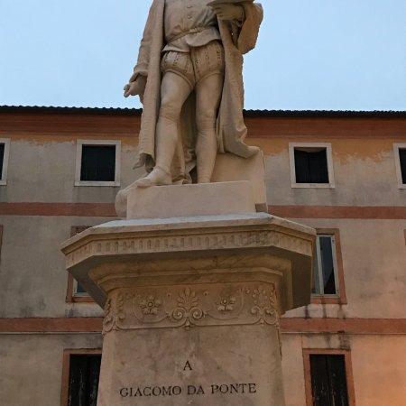 Statua a Jacopo dal Ponte