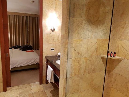 Regent Warsaw Hotel: 20171122_191111_large.jpg