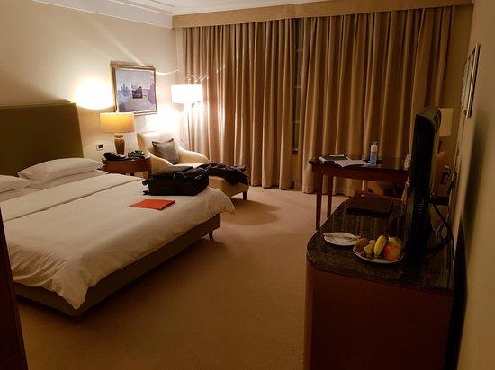 Regent Warsaw Hotel: 20171122_191027_large.jpg