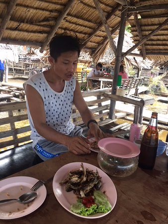 Pluak Daeng, Thailand: Lunch on the water