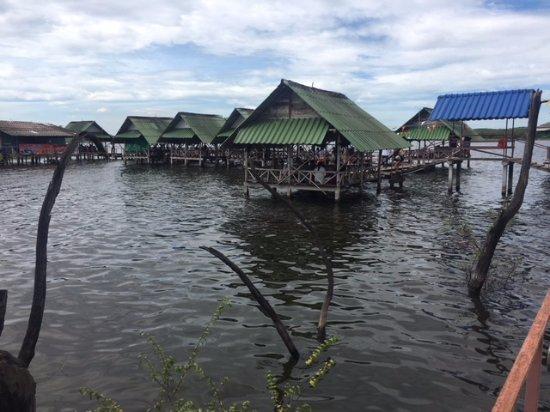 Pluak Daeng, Thailand: Jenjira Kung Ten