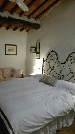 Hotel Monteriggioni: IMG_20171207_185334_large.jpg
