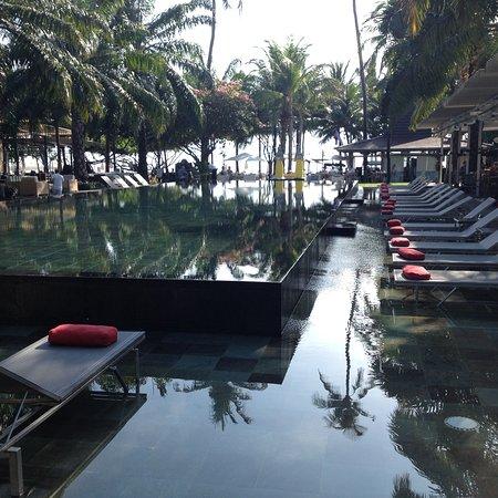 Segara Village Hotel: Infinity pool