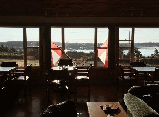 Westport, Canada: Reception