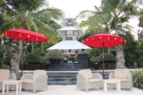 Ingang via tuin picture of segara village hotel sanur tripadvisor