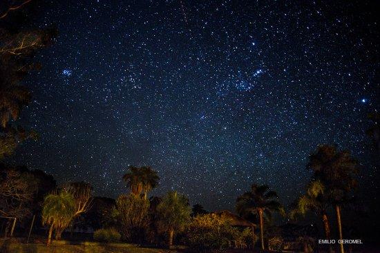 Esquina, อาร์เจนตินา: Nocturna desde el patio trasero