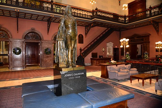 South Carolina State House: John C. Calhoun. What happened to that granite base??