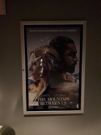 ‪‪St. Catharines‬, كندا: The Mountain Between us‬