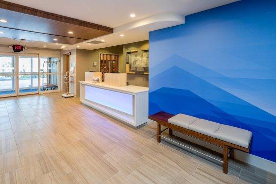 Modesto, CA: Lobby