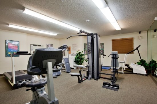 Candlewood Suites - Hampton: Health club