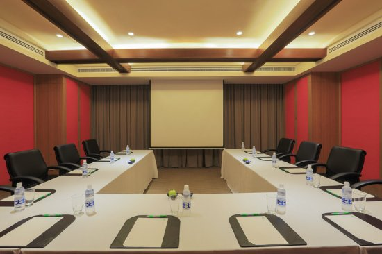 Restaurants With Meeting Rooms In Makati