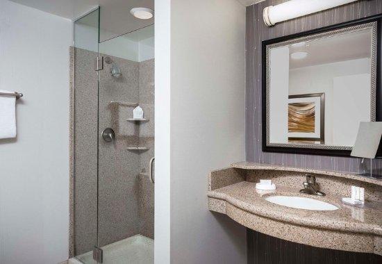 Shawnee, KS: Guest room