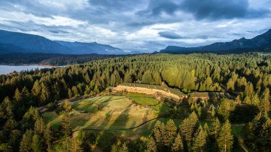 Skamania Lodge: Exterior