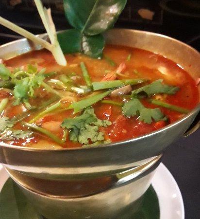 Sala Thai Art Gallery & Restaurant: Tom Yum Kung .hotpot.