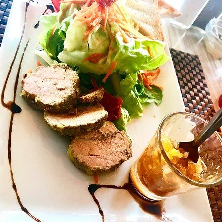 Le Port, Reunion: Mets divers et Variés de La Petite Brasserie …