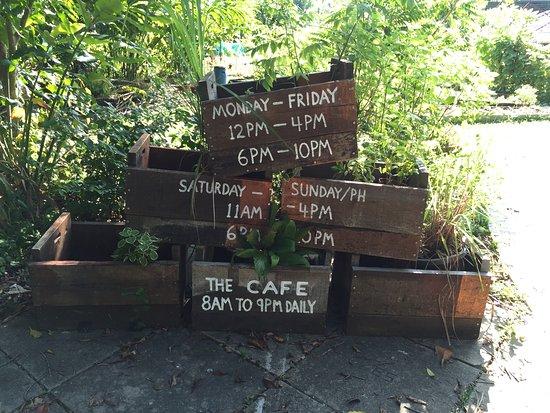Superior Open Farm Community: Garden Deco
