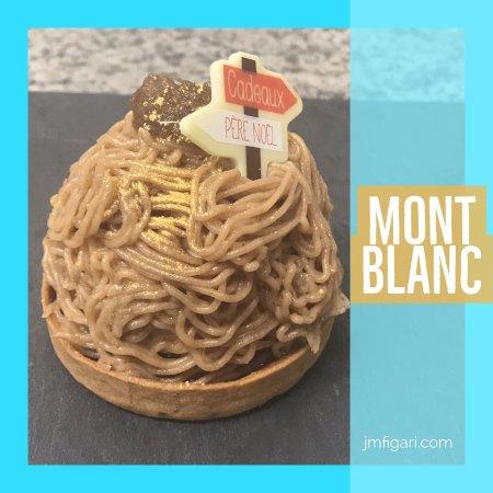 Figari, Frankrike: Mont Blanc : Biscuit viennois cacao, confit de fruits rouges, éclats de marrons glacés ...