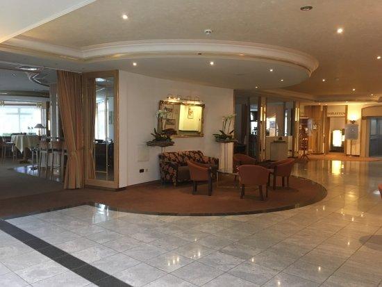 ไบเออร์สดอร์ฟ, เยอรมนี: Interno della lobby