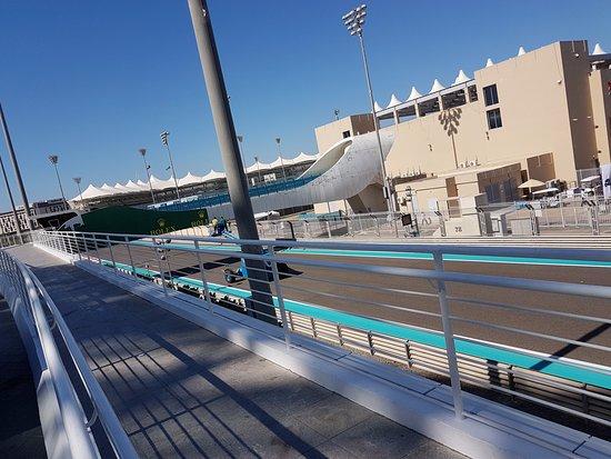 Yas Marina Circuit: Tor Formuły1