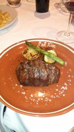 Sant Pau d'Ordal, Spanien: Filete brasa, buena carne a un punto perfecto, ración muy buena