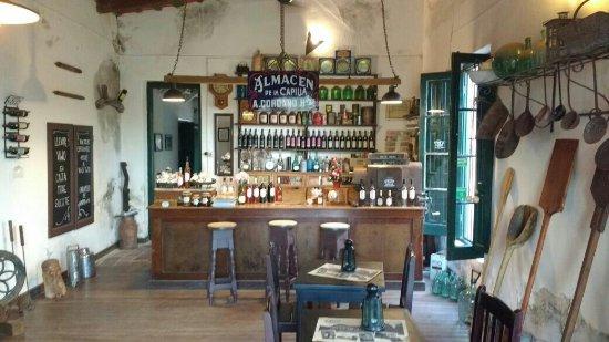 Almacen de la Capilla - Bodega Cordano: Almacén de la Capilla