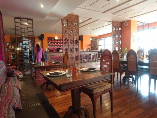 Vedas Indian Restaurant (Changshu Road) : 店内の様子