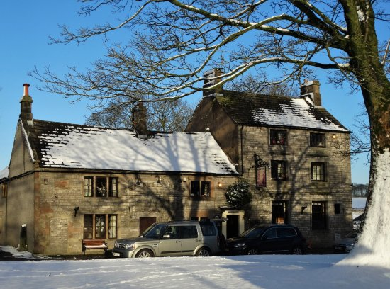 """Monyash, UK: """"The Bull's Head"""" in Monyash on a snowy December day"""