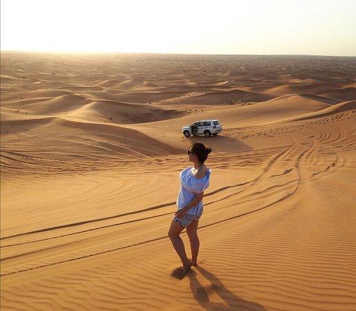 Emiratos Árabes Unidos: Nice quality of sand and super clean!