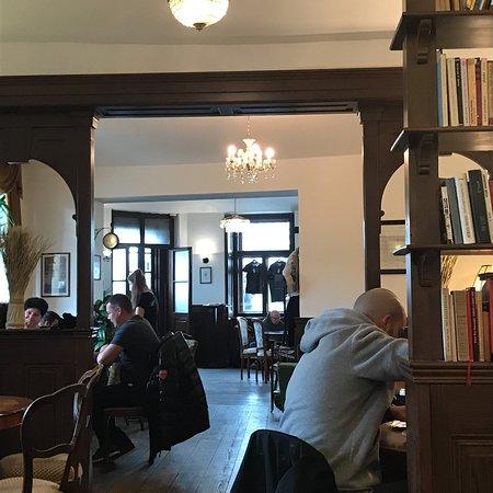 Bella Vida Cafe Photo