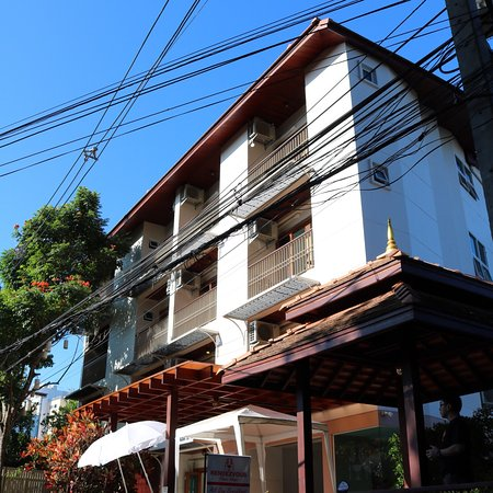 Rendezvous classic house chiang mai thailand b b for Classic house chiang mai