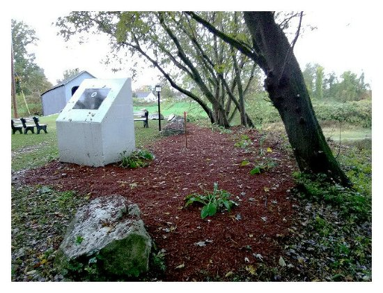 Sheffield, MA : The UFO Monument & State Citation, sit at ground zero